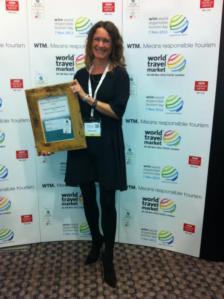 rachel with the award